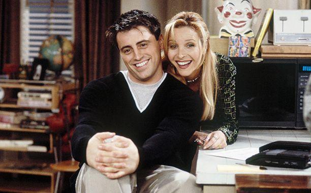 Friends: Lisa Kudrow, Matt LeBlanc on why Phoebe and Joey never hooked up   EW.com