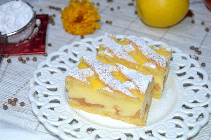Prajitura grilaj cu mere si budinca de vanilie