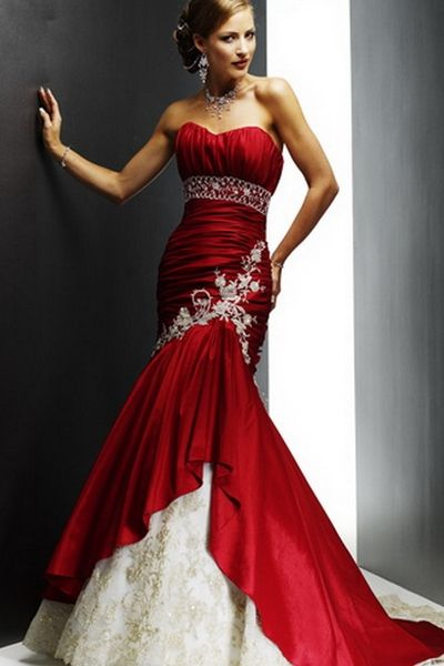 elegant-red-and-white-wedding-dress.jpg (400×600)