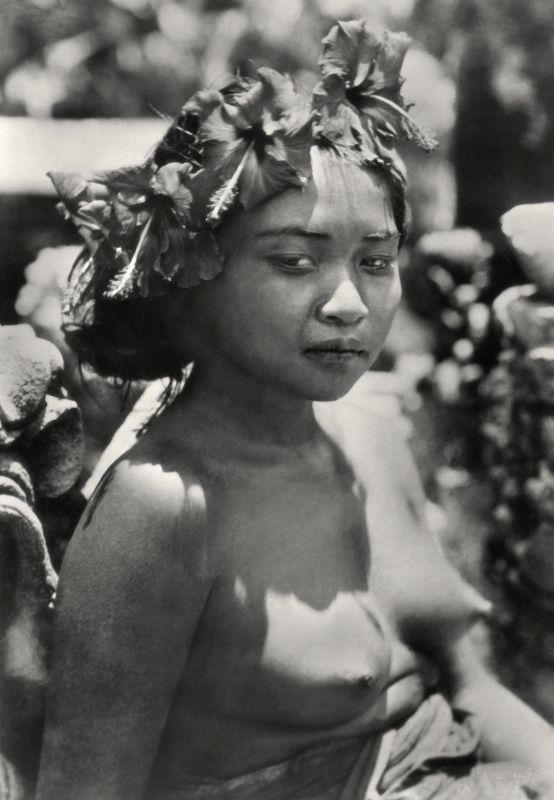 E.O. Hoppé | Girl with Wreath Offering (Kembang Spatoe) in Hair, Bali, 1930