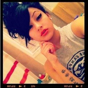 pretty girl swag