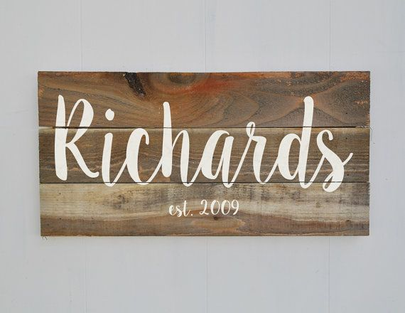 Dernier nom signe, signe de famille établi, nom de famille personnalisé signer, Rustic Decor bois, cadeau de pendaison de crémaillère, cadeau de mariage, Weathered Wood