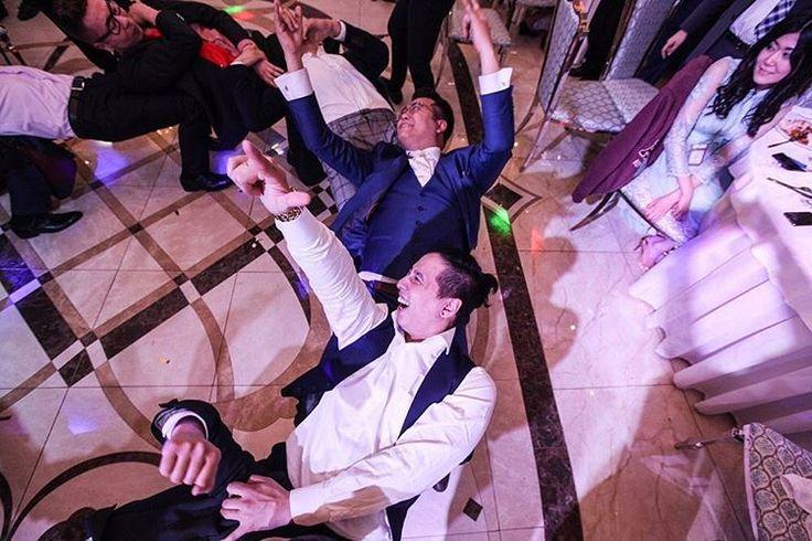 Внимание Невесты!�� Открыта запись на Свадебный сезон 2017! ___________________________________________________ Выезд в любой город Казахстана и России. Запись и консультация на свадебные фотосессии в what's app +7 7714 777 03 (укажите Ваше имя, город и дату мероприятия)  Ваш Свадебный фотограф, Думан Касым �� ___________________________________________________ #weddingalmaty#weddingastana#weddingparty#weddingdress #love #together #bestofday #romance #свадебныйфотографастана…