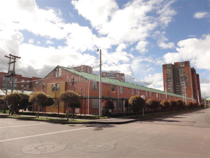 Arriendo de Casa en Portales Del Norte - Bogotá D.C. - MC25320202