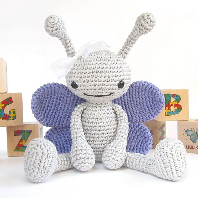 Free Amigurumi Christmas Ornament Patterns : 25+ best ideas about Crochet butterfly on Pinterest ...