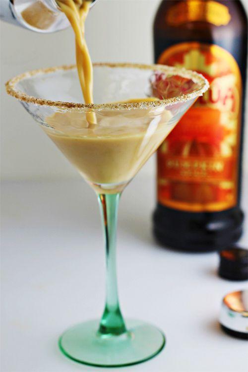 Kahlúa Pumpkin Spice Martini recipe -- an Autumn-inspired cocktail ...