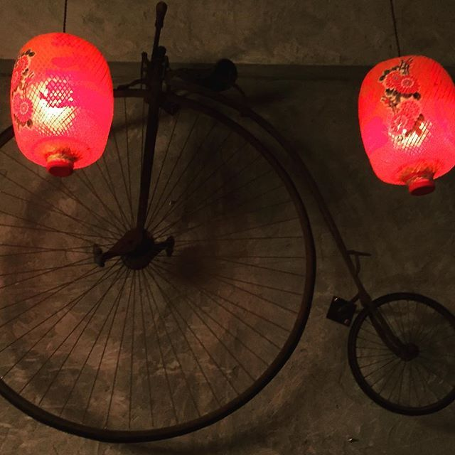 Sinand tonic bar rocking a penny farthing and chinese lantern combo in Hat Yai, Thailand  #travellersofinstagram  #sin&tonic #sintonic #pennyfarthing #industrialdesign #prettythings