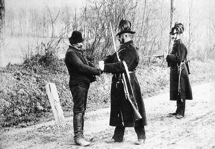 Csendőrök munka közben, 1896