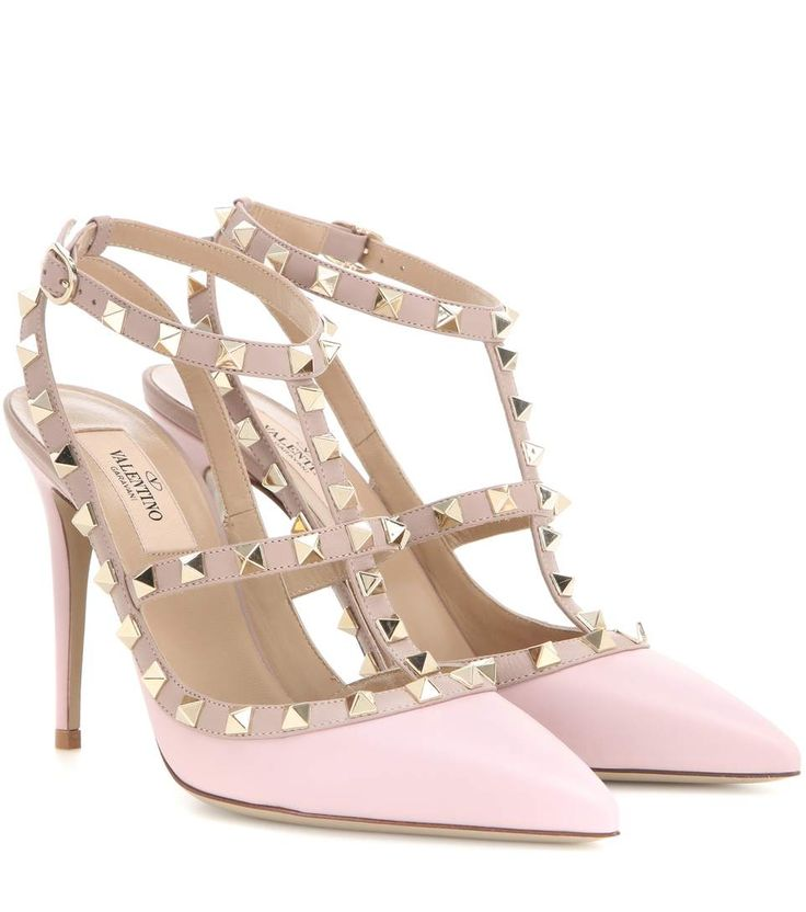 Valentino - Rockstud leather pumps - Coated in smooth light pink leather, this studded pair work for days and evenings alike. - @ www.mytheresa.com