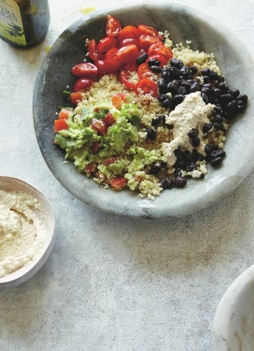 While the quinoa is cooking, you can get started on making the mountains of fresh guacamole, creamy cashew cheese, tomato salsa and garlicky black beans. You will love the amazing mix of intense flavors!