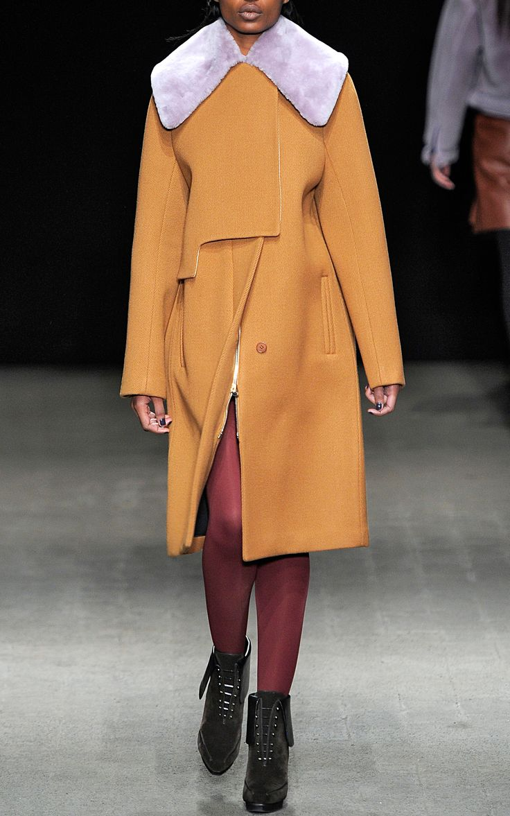 3.1 PHILLIP LIM Transit Curve Coat With Detachable Shearling Collar -FW 2014