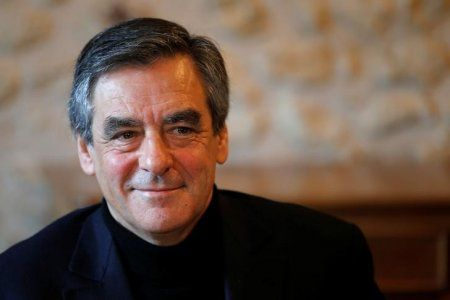 The latest polls suggest Fillon would slam Le Pen in the French presidential election
