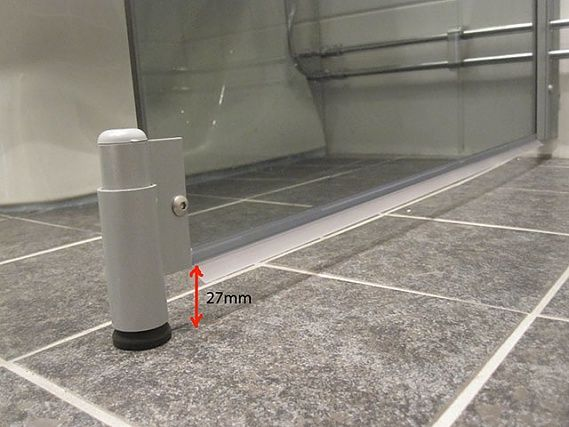 17 Best images about Badrum on Pinterest   Toilets, Shower tiles ...