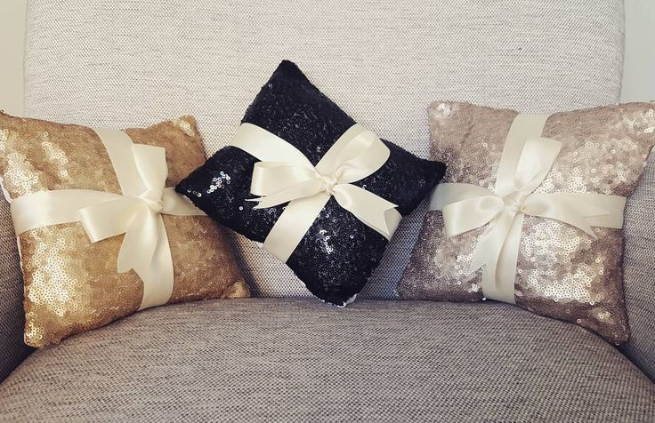 New in, ring bearer sequinned cushions #rosegold #wedding #rosegoldwedding #goldthemedwedding #goldglitter #blackglitter #wedding #weddings #weddingsurprise #weddingdecor #weddingday #weddingdecoration #weddingdecorations #goldwedding #glitter #glitterthemedwedding #weddingideas #weddingaccessories