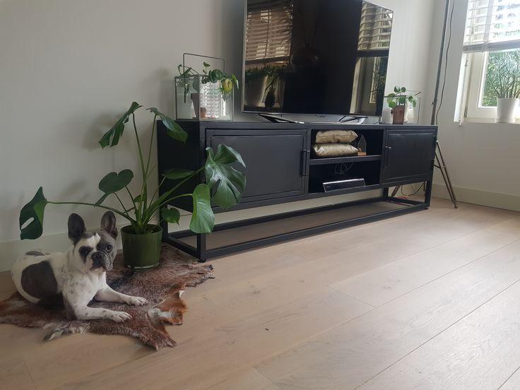 TV-Möbel Urban Black Giga Furniture
