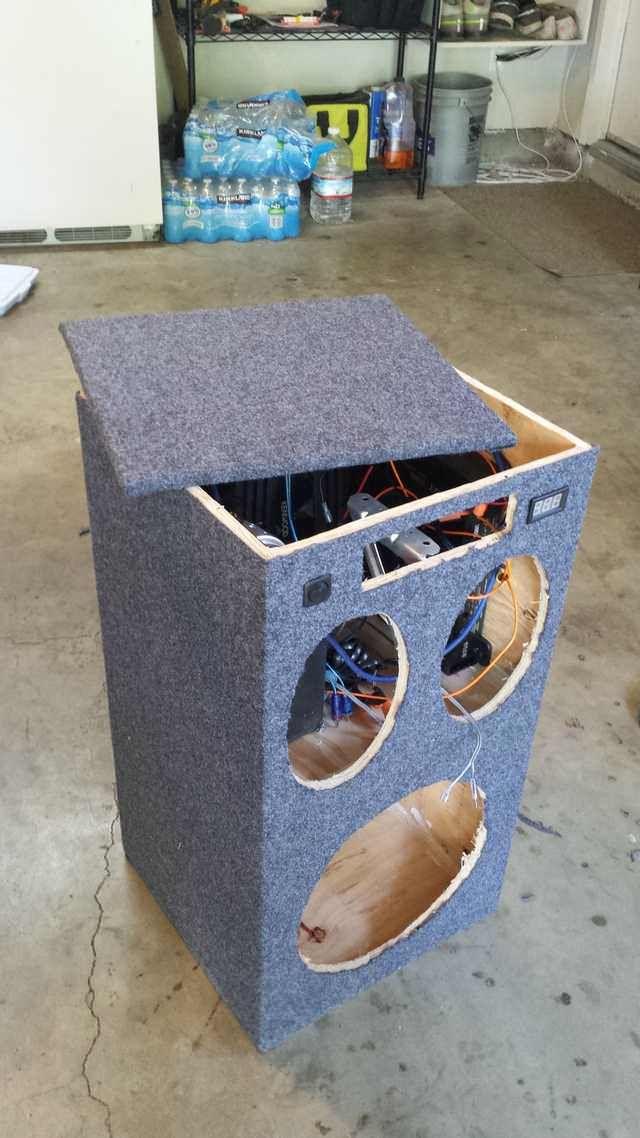 DIY Portable Stereo | Home stereo | Diy bluetooth speaker