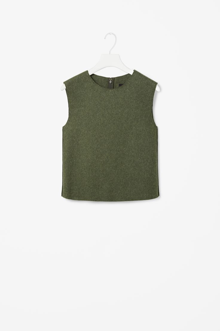 Sleeveless wool top