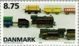 Toy bin-plate locomotives & rolling stock