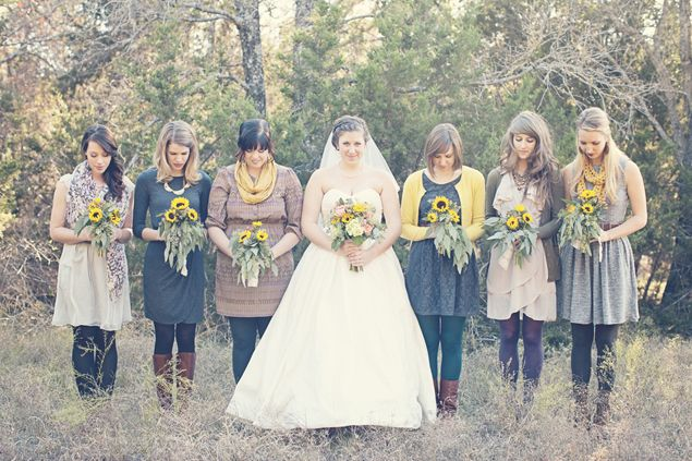 Casual Bridesmaids - PHOTO SOURCE • JESSICA LEIGH PHOTOGRAPHIC