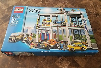﹩129.99. *NEW* 2012 LEGO City Garage Set 4207    Year - 2012, Piece Count - 933, Packaging - Box, Gender - Boys  Girls, Recommended Age Range - 6-12, LEGO Theme - City