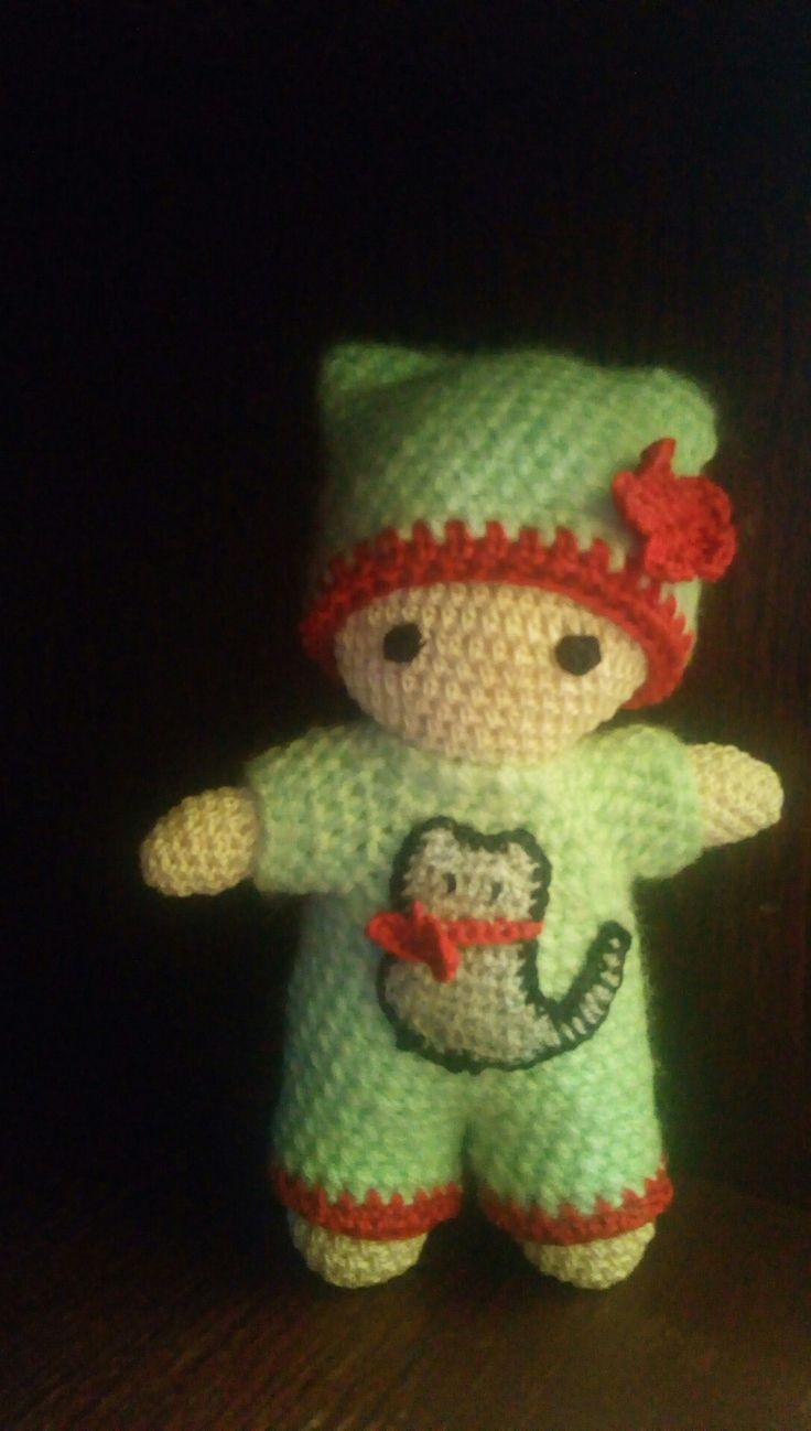háčkovaná pískacia bábika_whistling crochet doll