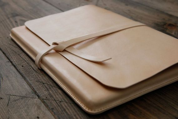 "grams28 - Handmade 15"" MacBook Pro Retina Leather Portfolio Case  Molding Case (italian leather) on Etsy, $195.00"