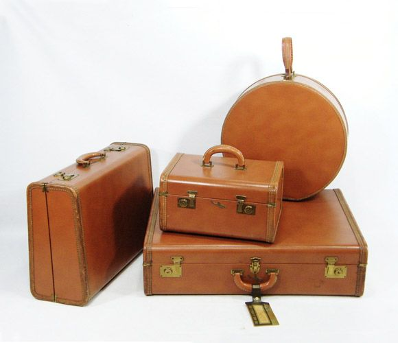Nice A Set Of Tan Leather Suitcases
