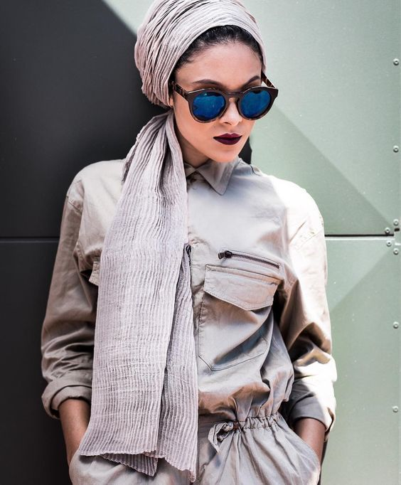sunglasses with hijab- How to wear sunglasses with hijab http://www.justtrendygirls.com/how-to-wear-sunglasses-with-hijab/