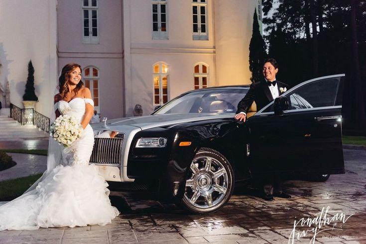 Bride and Groom Rolls Royce Chateau Cocomar