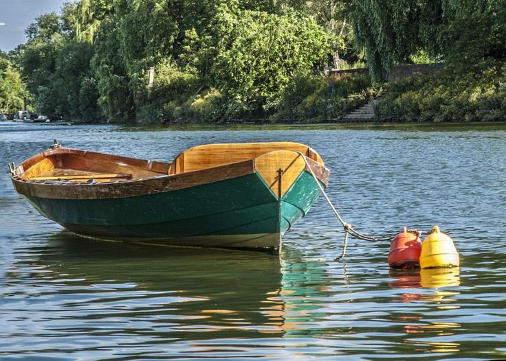 Thames, summer and color by Bota Dorin