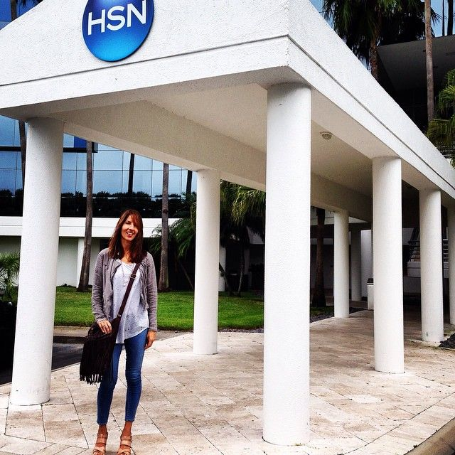 Quick visit to our friends at HSN....oh the beautiful balmy days of Florida.