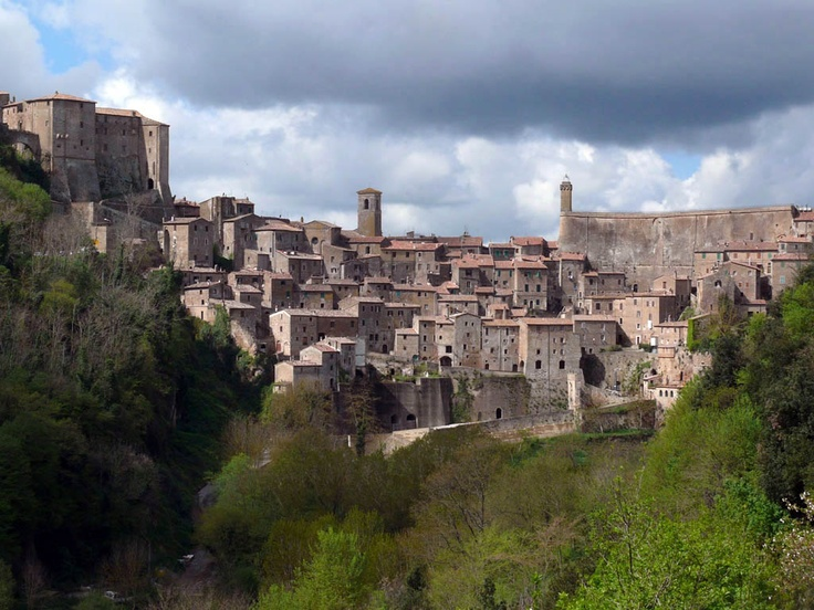 Sorano - Panoramic view with Fortezza Orsini and Masso Leopoldino