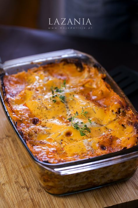 Pewnie każdy z Was próbował kiedyś lazanii. My również jedliśmy wiele i TYLKO nasza nam najbardziej smakuje :) Kluczem jest pewien sekretny ...#food #lasagne