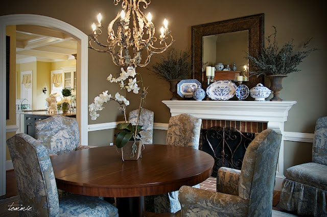 perfect cozy dinning area
