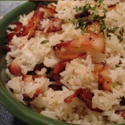 Συνταγή Ρύζι με Μπέικον & Κόκκινη Πιπεριά