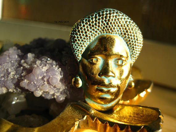 Mama Africa Brooch/African Woman Brooch/Restored Vintage