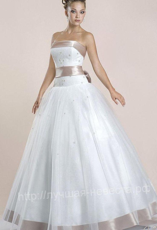 Свадебные платья с поясом - http://1svadebnoeplate.ru/svadebnye-platja-s-pojasom-2966/ #свадьба #платье #свадебноеплатье #торжество #невеста