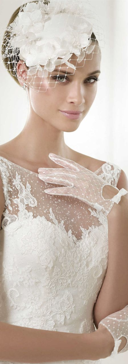 LOOKandLOVEwithLOLO: Pronovias 2015 Bridal Collection....Glamour - loved the gloves!