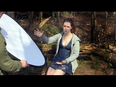 How To Use A Lighting Reflector Without An Assistant - Page 2 of 2 - Modern Lens Magazine