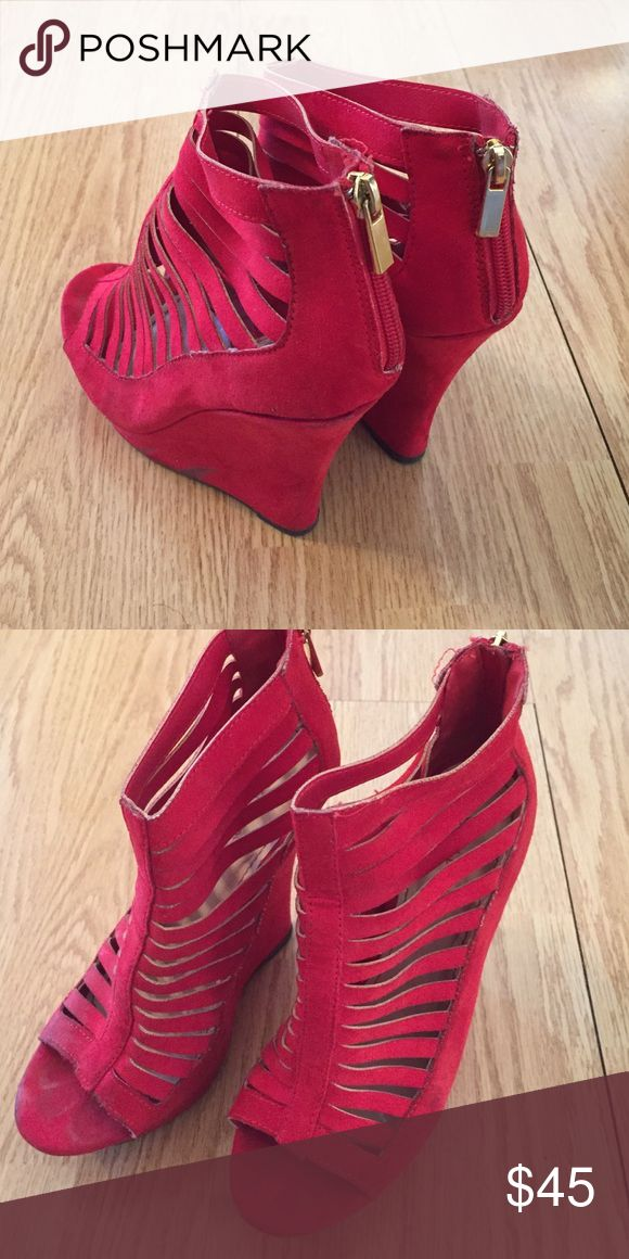 Wedge heels Red wedge heels 👠 with gold zipper in the back. Worn probably 2/3 times . Will wipe off before sending! BAMBOO Shoes Wedges