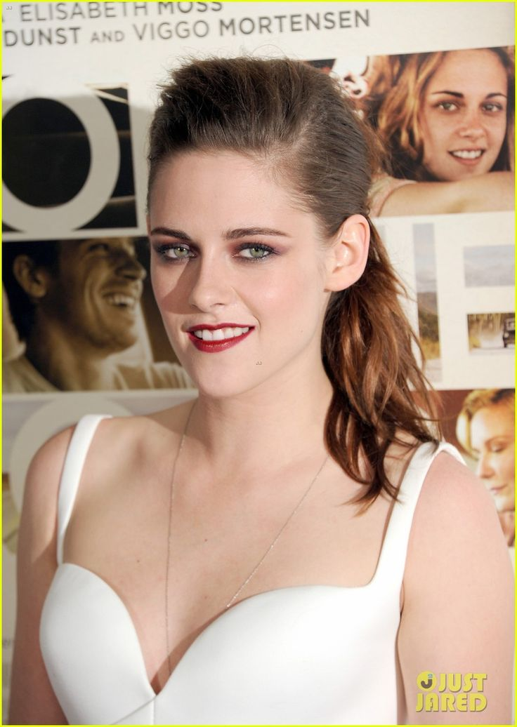 Kristen Stewart: 'On the Road' AFI Screening! | kristen stewart on the road afi screening 11 - Photo