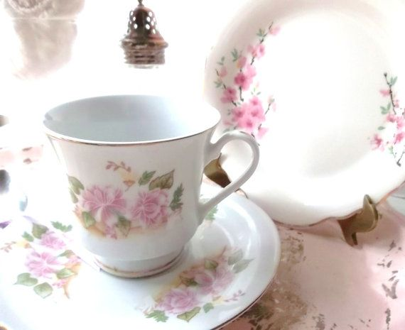 Shabby Cottage Tea Cup Saucer Set. Cottage Chic by ShabbyPeonie