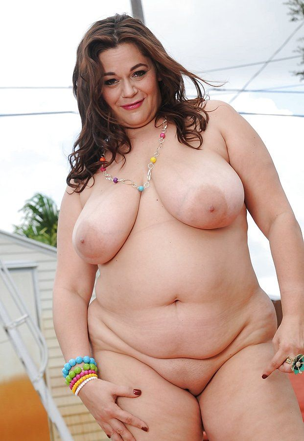 Naked plump hot women
