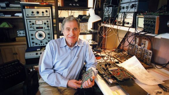 6 ways Ray Dolby changed the way the world listened