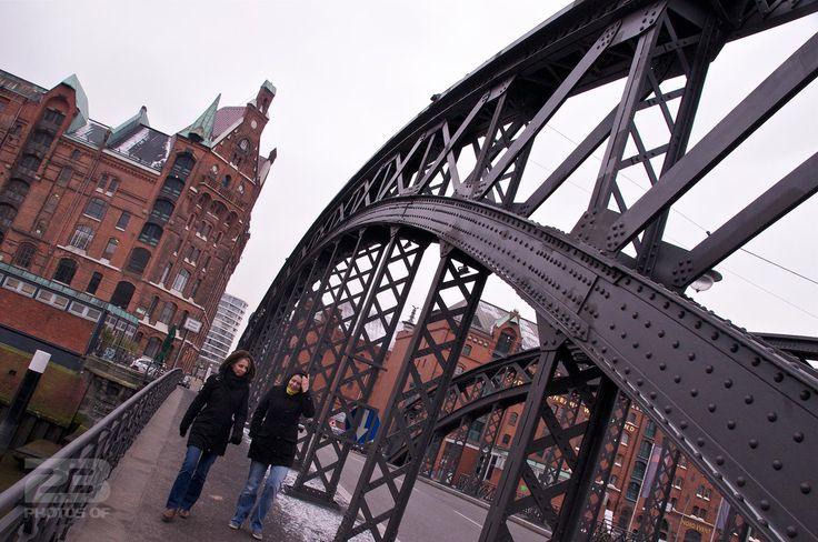 Crossing the Binnehafen photo | 23 Photos Of Hamburg