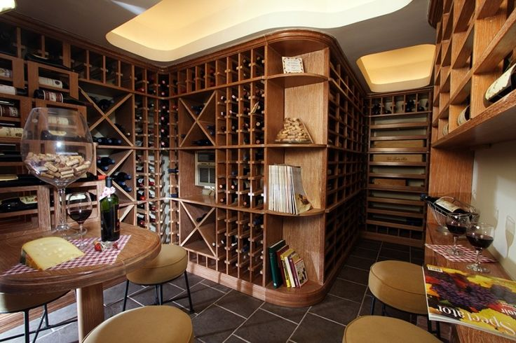 Cava de vinos, San Isidro, Lima - Perú. By ALMA Arquitectura e Interiores #ProyectosAlma #cava