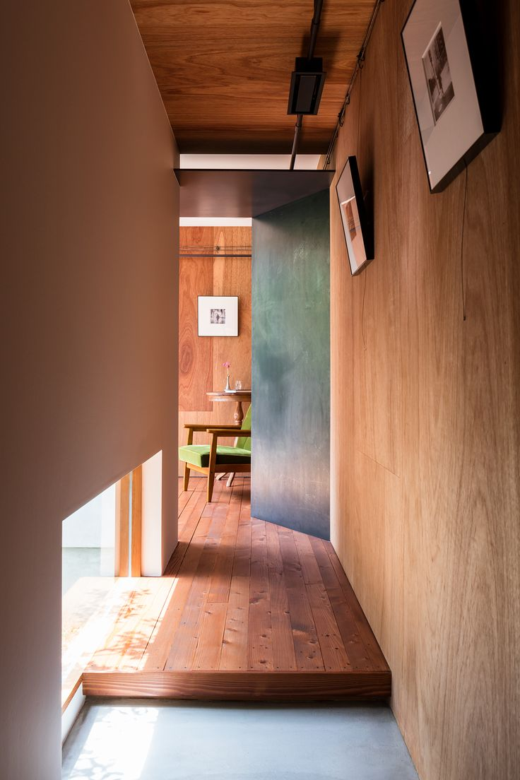 Find Out How a Japanese Architect Created a Fluid Live/Work Space For a Photographer - Dwell