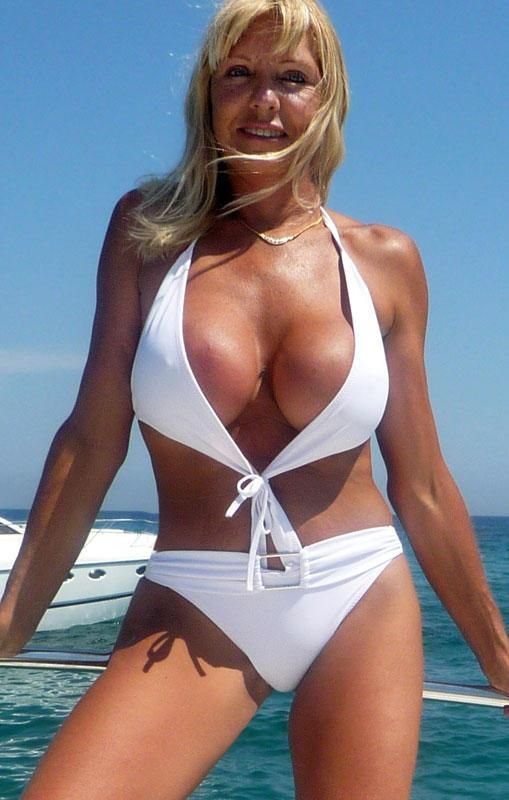 Rio Beach Chairs Collapsible Hot Cougar Woman | Cougars Life Pinterest Woman, Swimsuit Competition And Swimsuits