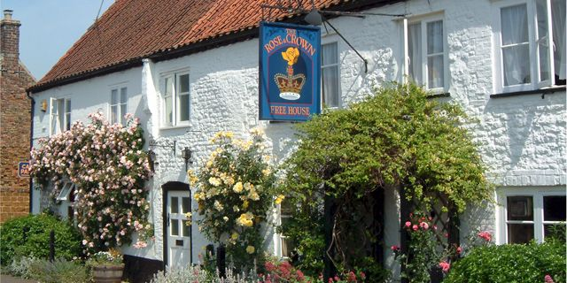 The Rose and Crown, Snettisham (England). Get out of the #city for a few days and #enjoy a #comfortable a #gorgeous #country pub and hotel. Visit:http://bit.ly/28YiQBv