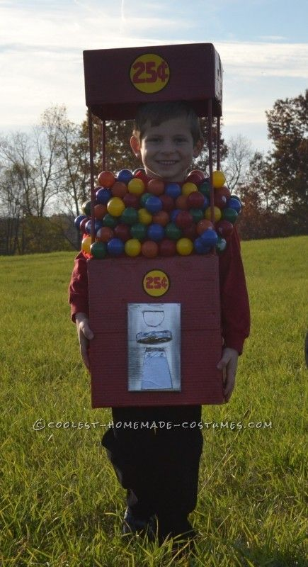 Cool Duo Costume:  A Gumball Machine and a Quarter...